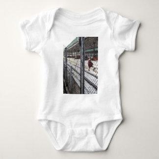 Tågstation Myanmar T-shirts