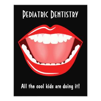 Tand- broschyr för stor liten tandläkaretandvård flygblad