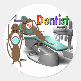 Tandläkaresock monkeygåvor--Unikt Runt Klistermärke