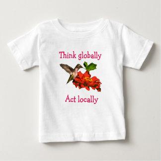 Tänkan agerar globalt lokalt Hummingbirdskjortan T Shirts