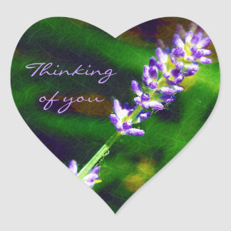 Tänkande av dig - lavendelkonst hjärtformat klistermärke