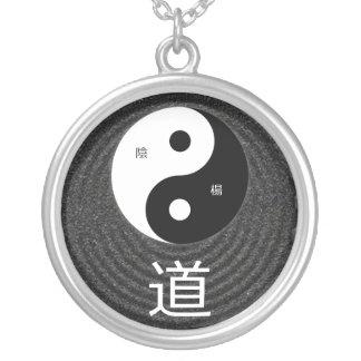 Taoisthänge Silverpläterat Halsband