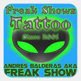 Tatuering för klassikerfreakShows Fyrkantigt Klistermärke