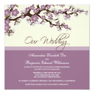 {TBA} Körsbärsröd blommarbröllopinbjudan (lilan) Fyrkantigt 13,3 Cm Inbjudningskort