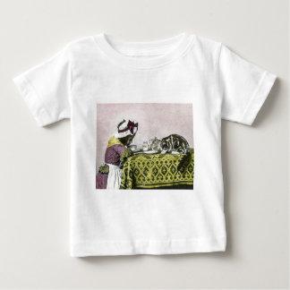 Tea för för flicka- och kattungeTea för två T-shirt