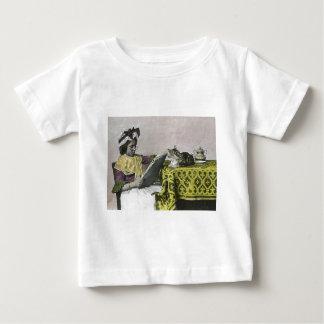 Tea för för vintageVictorian för två party flicka Tee Shirt