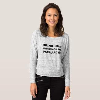 Tea och feminism t shirts