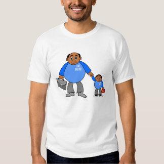 tecknadfar och son som tillsammans går realitet t-shirt