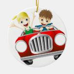 Tecknadman och kvinna i bil jul dekorationer
