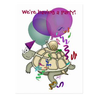 Tecknadsköldpadda- och snigelfödelsedagsfest vykort