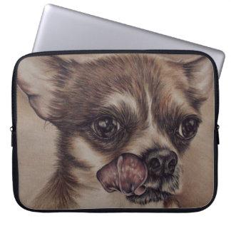 Teckning av chihuahuaen på laptop sleeve