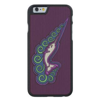 Teckning för bläck för Celtic stil för Narwhal Carved Lönn iPhone 6 Slim Skal