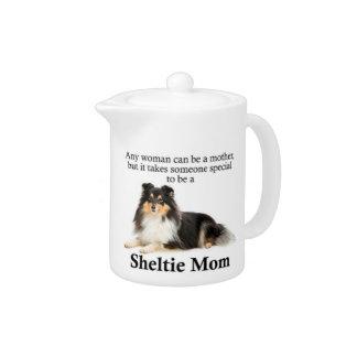Tekanna för Tri-Färg Sheltie mamma