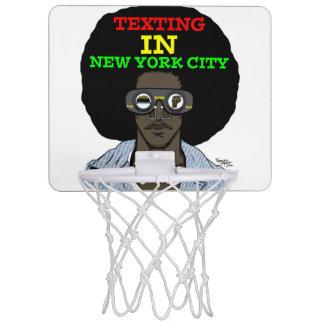 Texting i New York City basketring Mini-Basketkorg