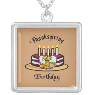 Thanksgivingfödelsedag Silverpläterat Halsband