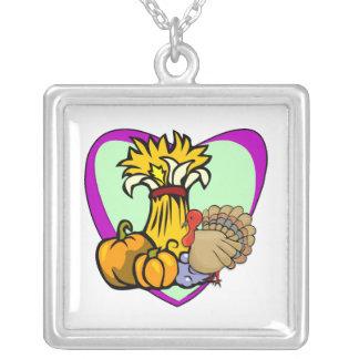 Thanksgivingkärlek Silverpläterat Halsband
