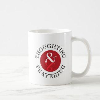 Thoughting & Prayering kaffemugg