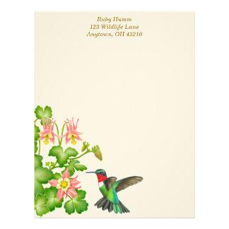 Throated Hummingbird för Ruby i Columbines Brevhuvud