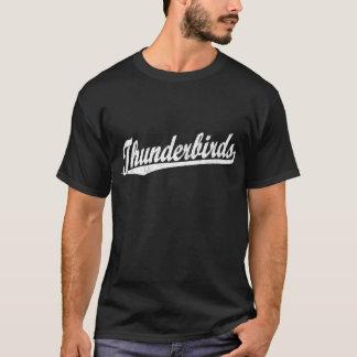 Thunderbirds skrivar logotypen i vit tee shirt