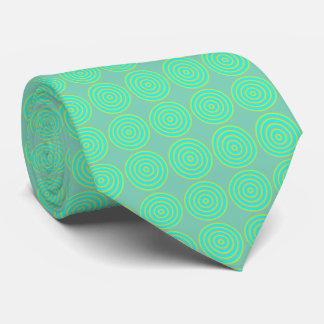 Tie med belagd med tegel cirkulärdesign slips