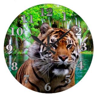Tiger och vattenfall stor klocka
