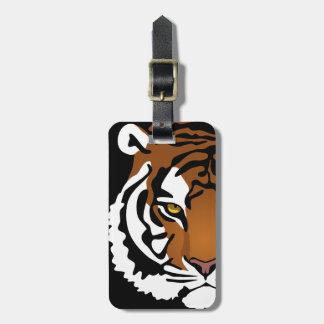 Tiger vild katt på svart bagagebricka