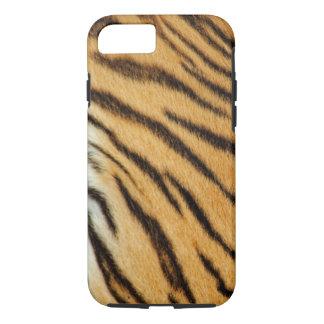 Tigern görar randig fodral för iPhone 7