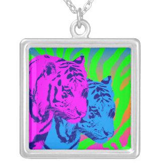 Tigrar för vintage för Corey tiger80-tal tvilling- Halsband Med Fyrkantigt Hängsmycke