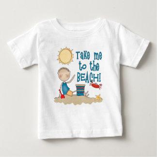 Till stranden (pojken) t shirts