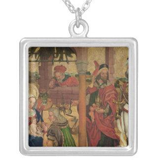 Tillbedjan av magina, c.1475 silverpläterat halsband