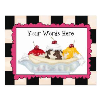 Tillfoga den kluvna vykortet för ordbananen vykort