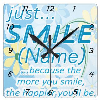 Tillfoga det kända leendet fyrkantig klocka
