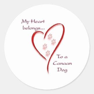 Tillhör för Kanaan hundhjärta Runt Klistermärke