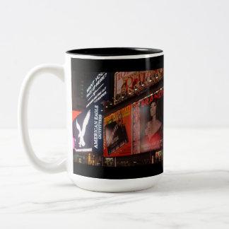 Time kvadrerar kaffemuggen Två-Tonad mugg