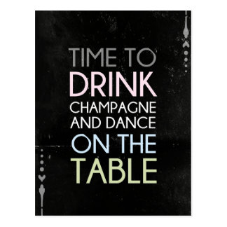 Time som dricker champagne och dansen - rolig vykort