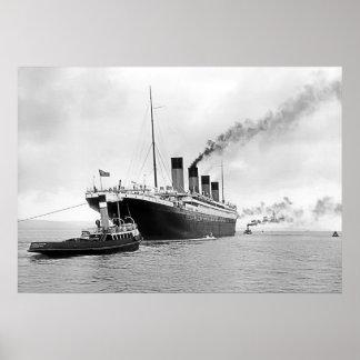 Titanic bogserbåtar ut poster