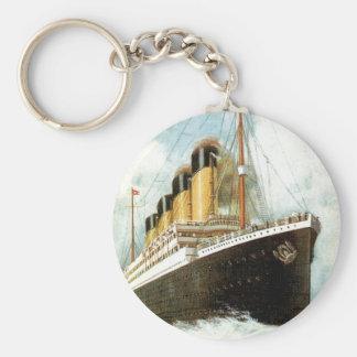 Titanic på havet rund nyckelring