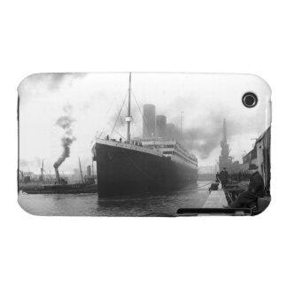 Titanic på skeppsdockorna av Southampton iPhone 3 Hud