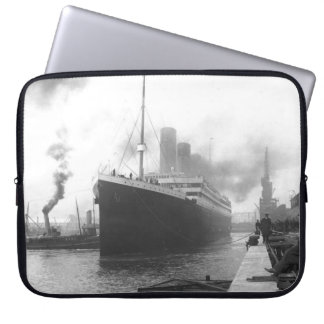 Titanic på skeppsdockorna av Southampton Laptopskydd