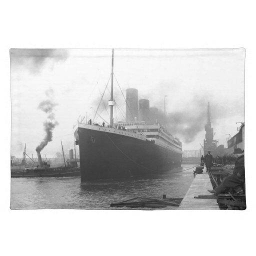 Titanic på skeppsdockorna av Southampton Bordtabletter