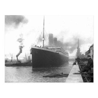 Titanic på skeppsdockorna av Southampton Vykort