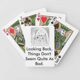 Tittar leka tillbaka kort spelkort