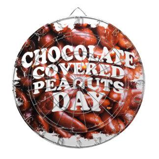 Tjugo-femte Februar Choklad-Täckte jordnötdag Dart Tavla