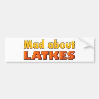 TOKIGT OM det roliga kortet för LATKES för Hanukka Bildekal