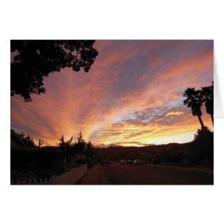 Tomt hälsningkort: Ljus solnedgång som inramas av Hälsningskort