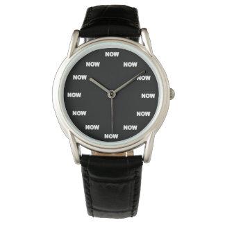 "Toppen kyler ""NU"" (svart bakgrund) #6 Armbandsur"