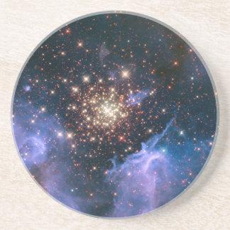 Toppenstjärnan för NGC 3603 samla i en klunga NASA Underlägg Sandsten