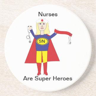 Toppna hjältar för sjuksköterskor (blondinen) underlägg sandsten