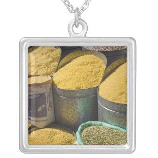 Torkad till salu pasta och bönor, Marrakech, 2 Silverpläterat Halsband