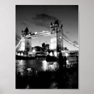 Torn överbryggar den London affischen Poster